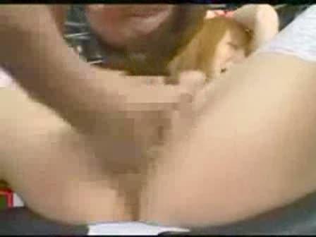 小沢菜穂 美乳なギャルを拘束し、おまんこを手マンや電マで弄り回すアクメ地獄調教!