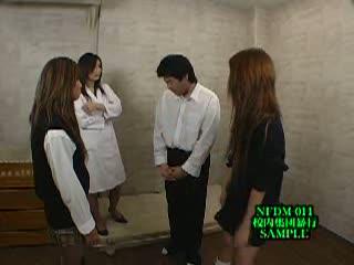 【大貫かりん】6人の美人極悪ヤンキーギャルが校内で男子生徒に木刀、金玉蹴り、聖水など様々なリンチを企てる
